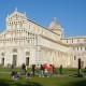 のんびりピサ観光で斜塔とコラボ in ピサ/イタリア